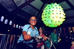Bicycle powered milk bottles,Earth Hour 2015