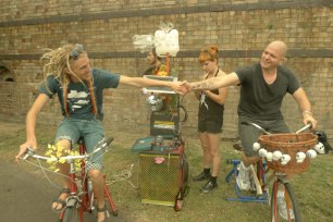New friends pedal the bicycle generated sound system at reclaim the lanes bike power