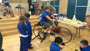 Bike blender primary school banana smoothie